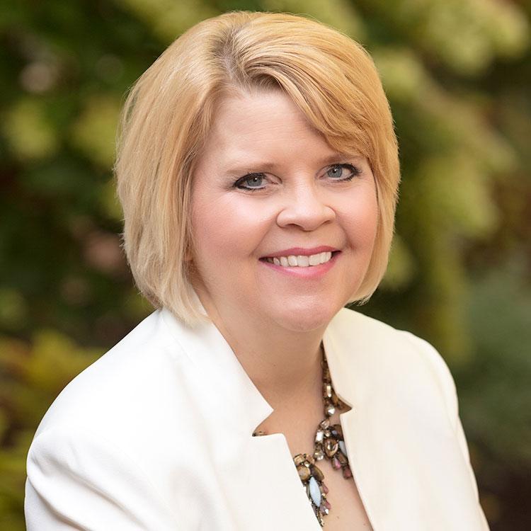 Lesley Pedroli, Director of Leasing