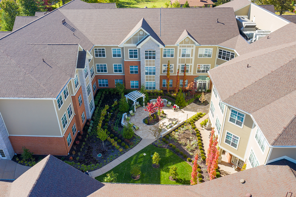Aerial shot of McKnight Place Assisted Living & Memory Care middle courtyard.